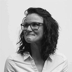 Alexandra Lanardonne, Assistante de direction